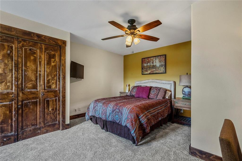 spicewood guest bedroom